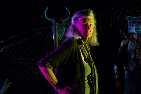 Maggie Dence in BENGAL TIGER AT THE BAGHDAD ZOO (c) Kate Williams
